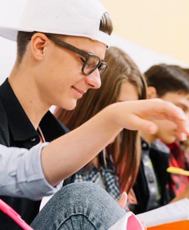 service-students